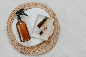 branding photography at the gray lab in Salem essential oils by Danielle Comer Creative